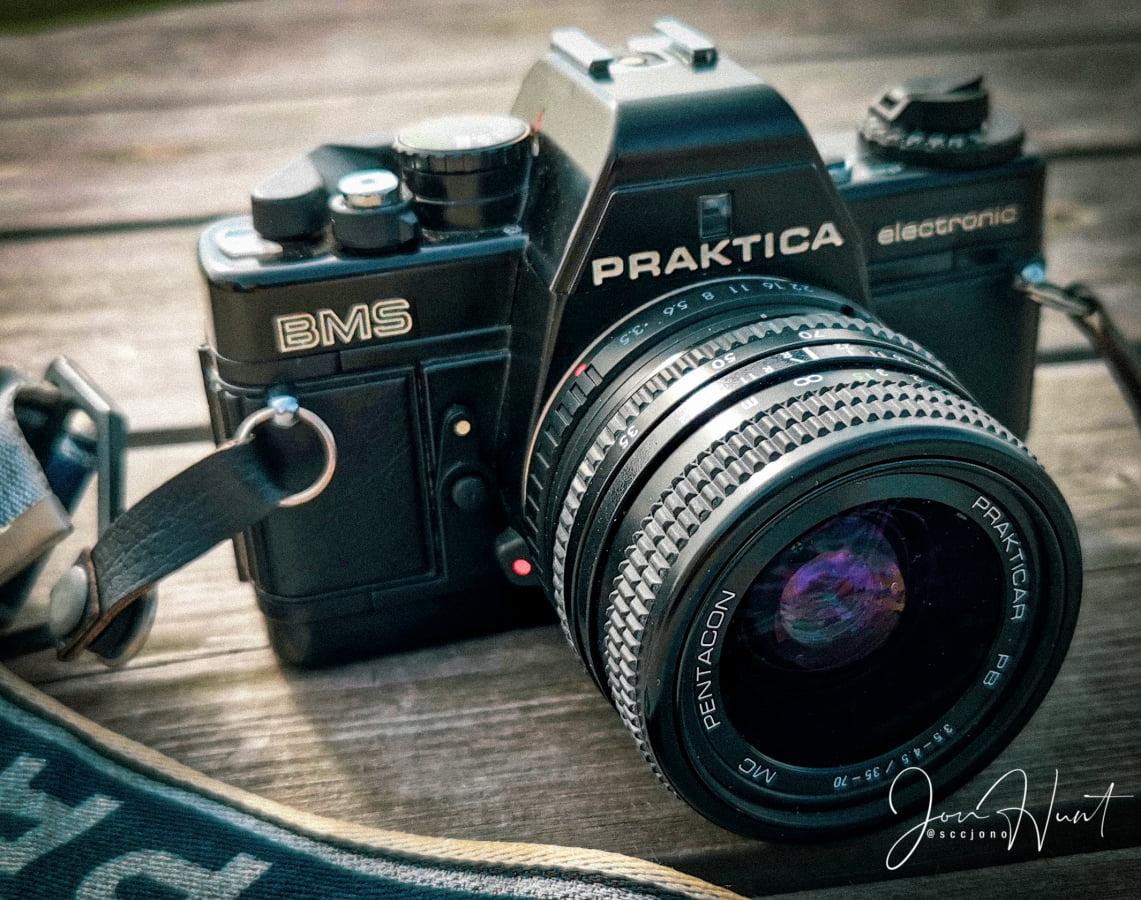 Praktika Camera
